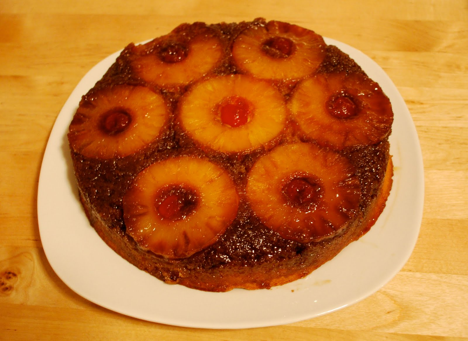 Pineapple upside-down cake: yeah! | First Class Panda